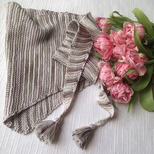 Связан на заказ 💕💕💕💕💕 #вязание #вязаниеназаказ #вязаниеспицами #i_loveknitting #хобби #flowers