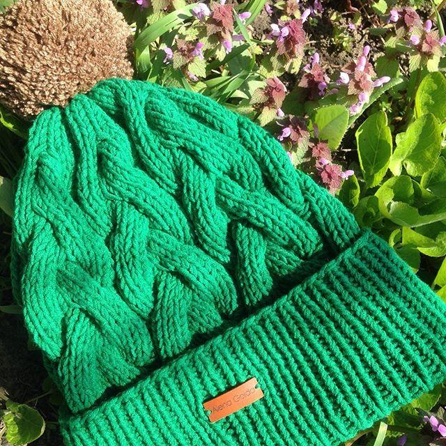 Любимому сыну ⚽️🏃🏼в тренде сезона 🌿🍂#спицами #вязание #knittinghat #knitting #knit #лучшеедетям
