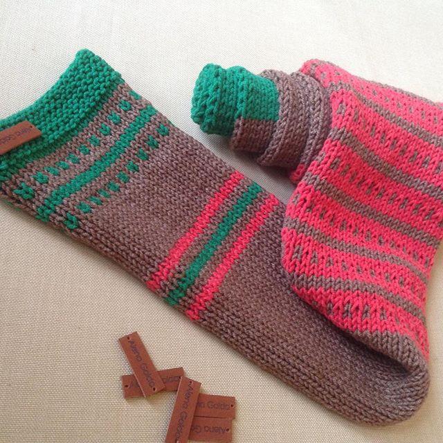 Яркий, модный, а что ещё нужно весной_ 🍃🍁🍂 #весна #вязание #вязаниеспицами #knit #knitting #knitt