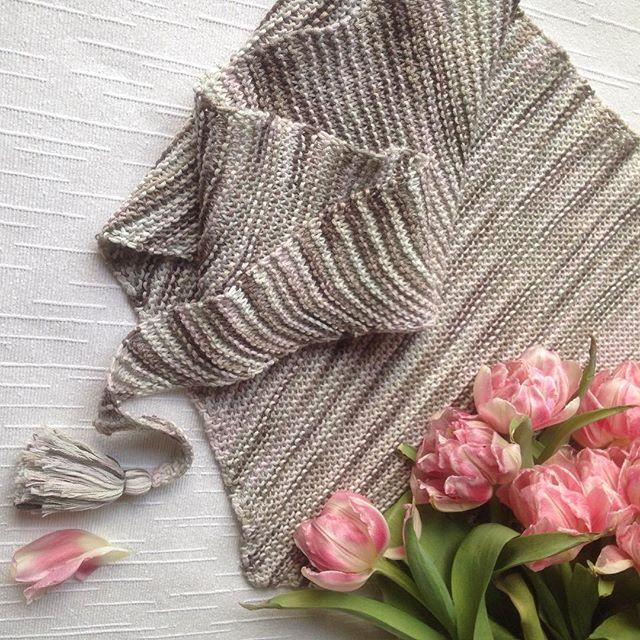 Немного деталей 😋💕🌸 #handmade #handmadewithlove #yarnlove #cottonsoft #baktus #scarf #cozy #cozyk