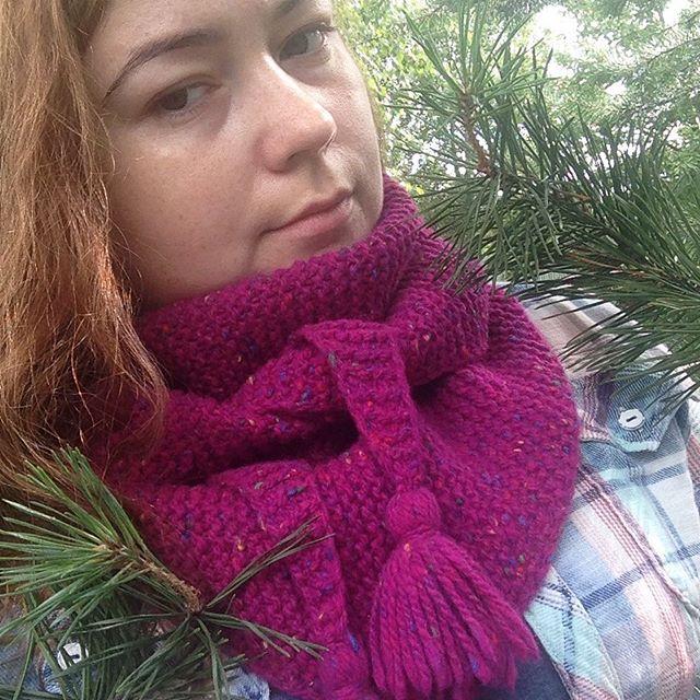Бактус (он же треугольный платок, шарф) фуксия