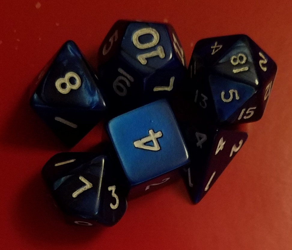 Set of dice included with the box set