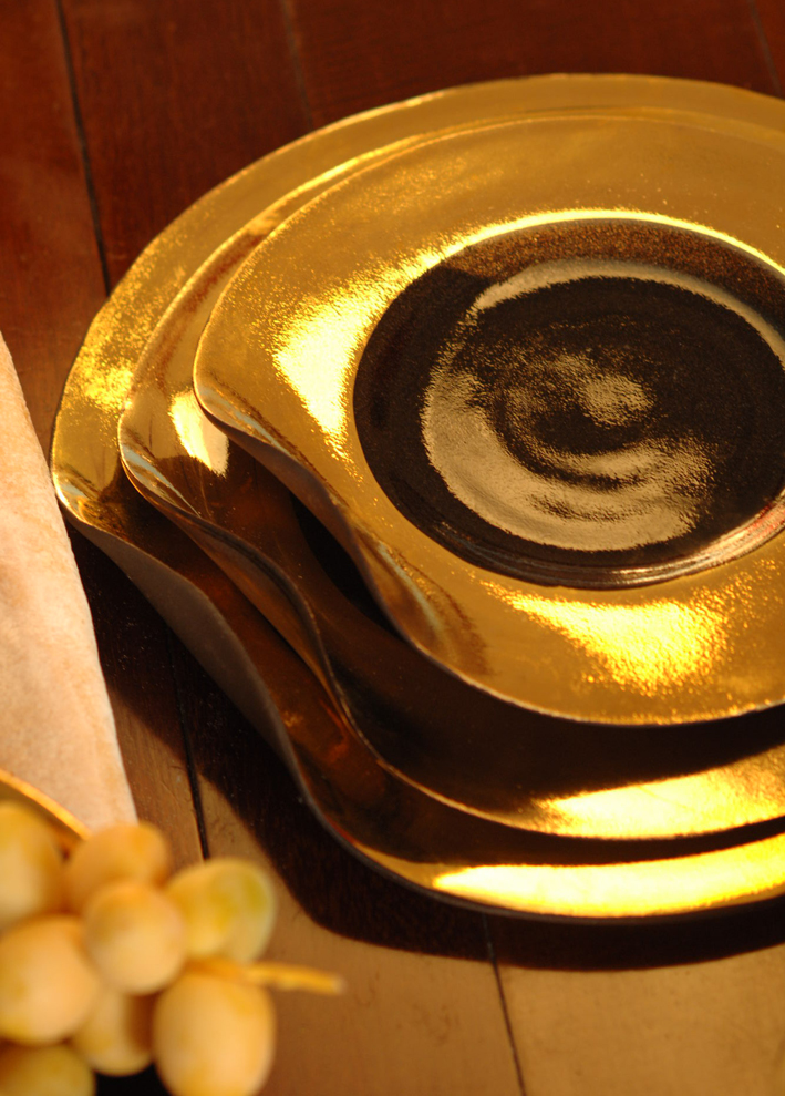 Ripple | Black dinner set | Gold