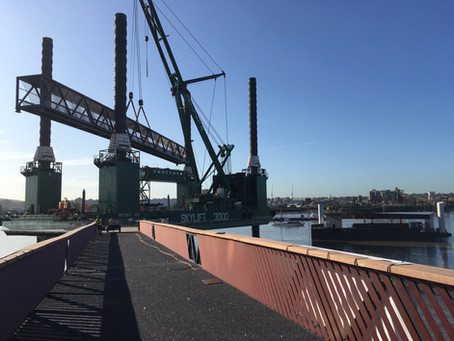 Installation of canting brow at the new Royal Wharf Pier