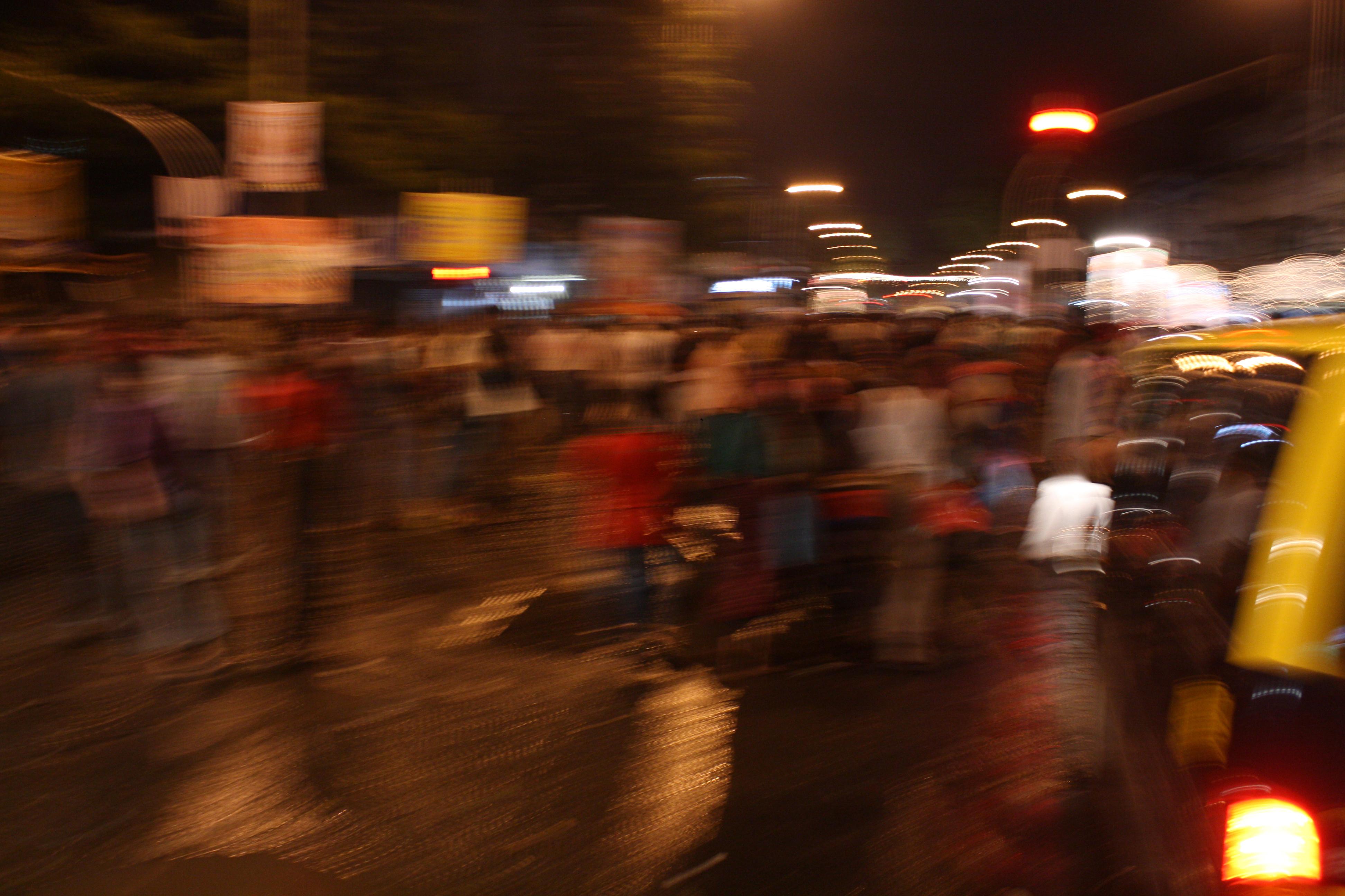 Mumbai streets1(20x30in)