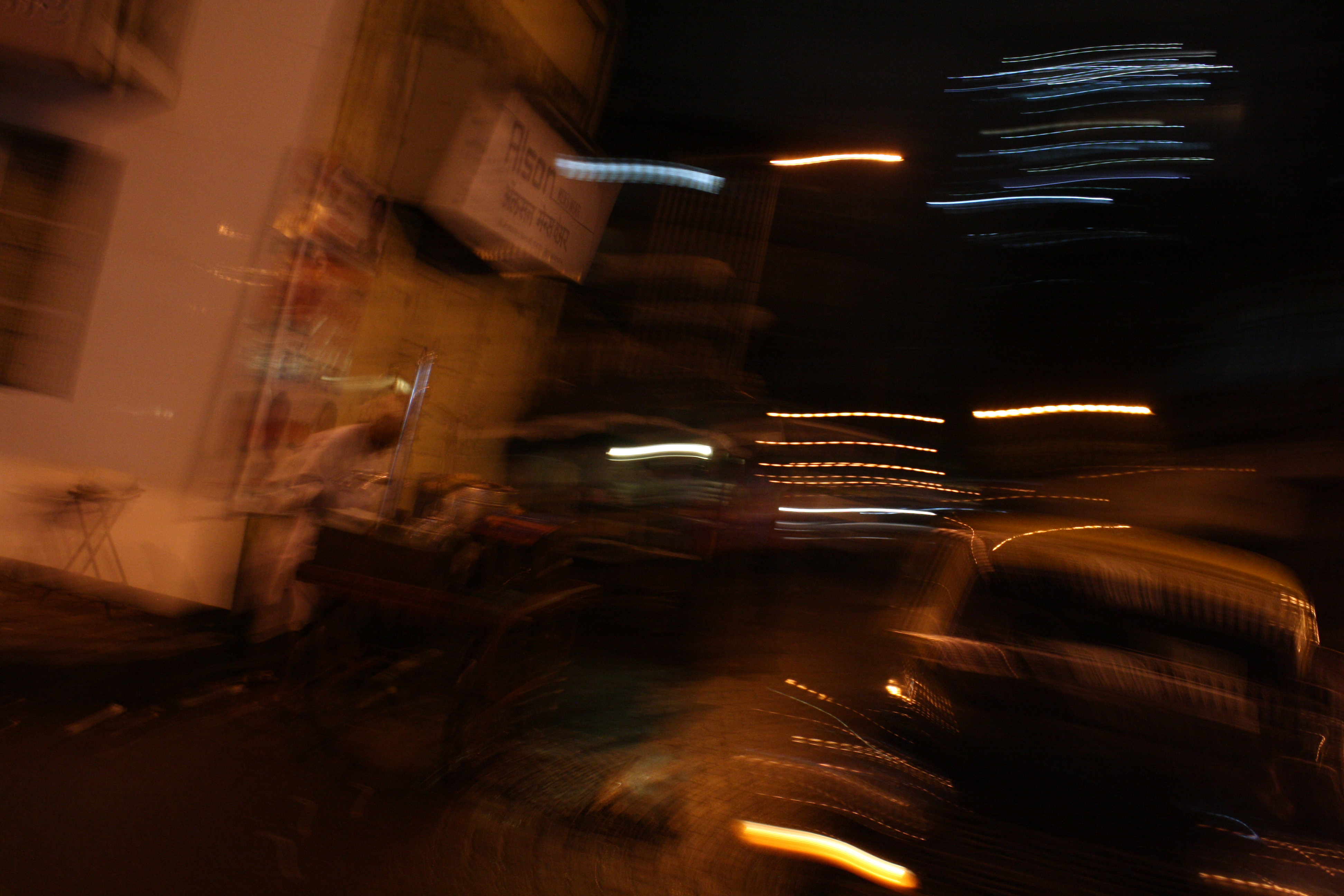 Mumbai Street4 (12x18in)