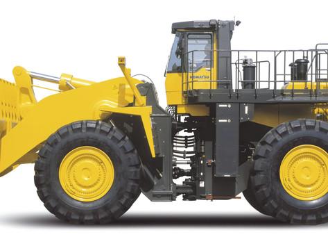 Komatsu WA900-3