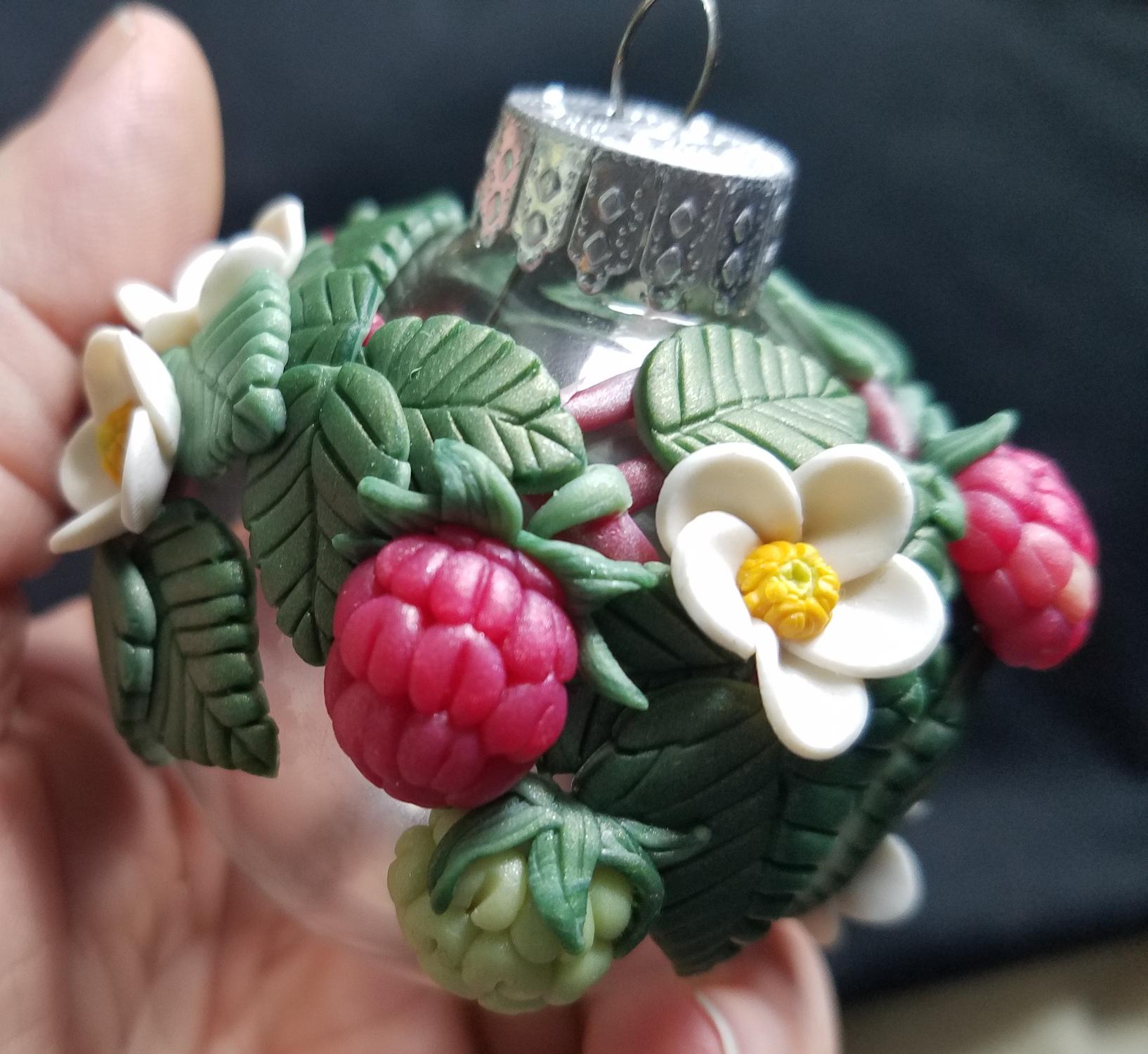 Raspberry Bauble