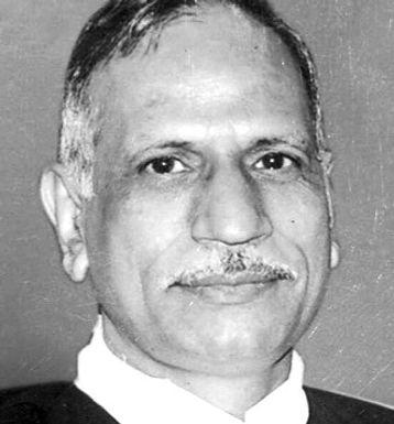 Chief Justice Govind Mathur Bats for Fundamental Rights – Kafeel Khan Case