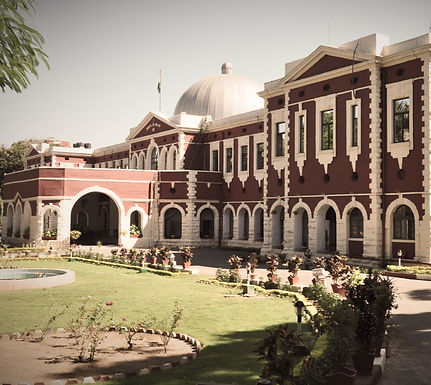 Denial of pre-arrest bail to a Government employee for derogatory comments against Malaysian women: Jharkhand HC