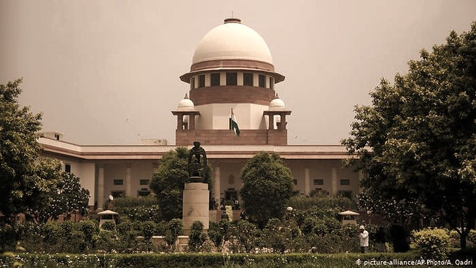 SC in stubble burning case asked about the pollution status of Delhi.