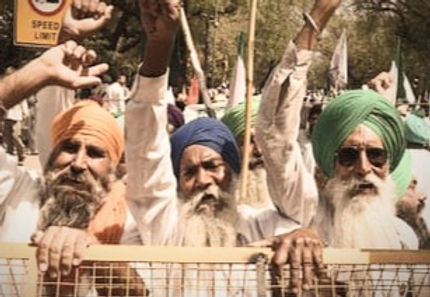 'Haryana Progressive Farmers union has served a notice of contempt to Haryana CM Manohar Lal Khattar on the issue related to lathi charge.