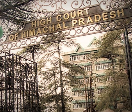 Himachal Pradesh HC on colleges blackmailing students by retaining original certificates
