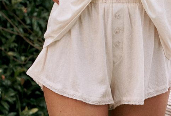 The Great Lace Tap Short
