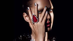 Trendy chrome nail designs ideas for 2021