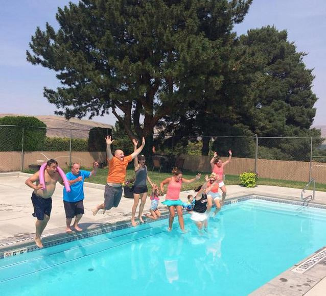 Pool jumping.JPG