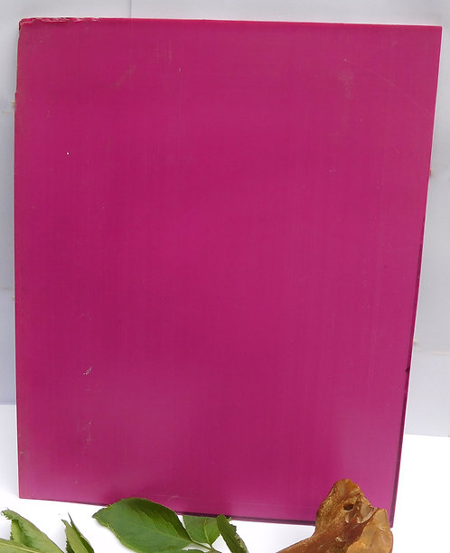 PLATE of GALALITH MAGENTA