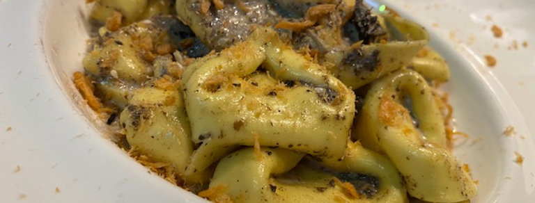 Tortellini met Parmezaan, truffel