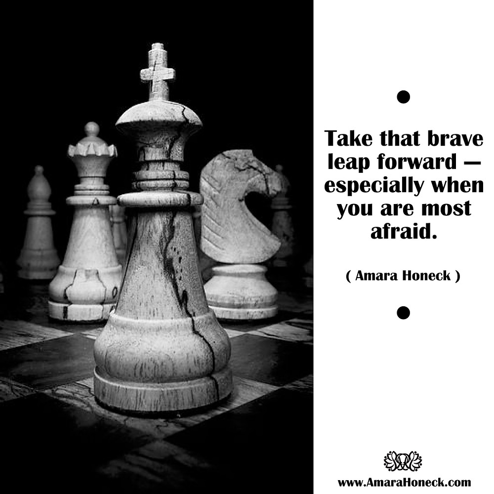 Black and White Chess Pieces | Spiritual Growth Article | Amara Honeck | Tennessee Shaman Consciousness Exploration Teacher