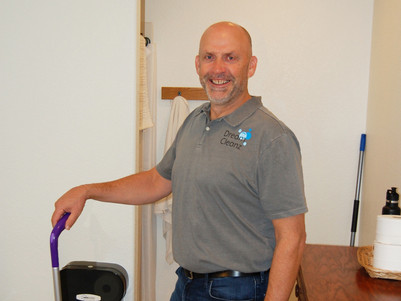Jim performing a general janitorial service for Dream Cleanz, commercial cleaning in Sisters, Oregon