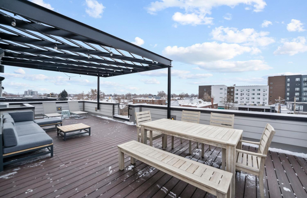 4031 W Conejos Pl-large-020-015-Rooftop-