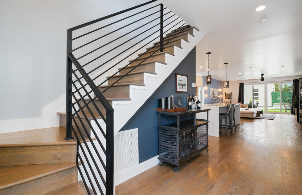 3424 W 18th Avenue-large-022-026-Stairwa
