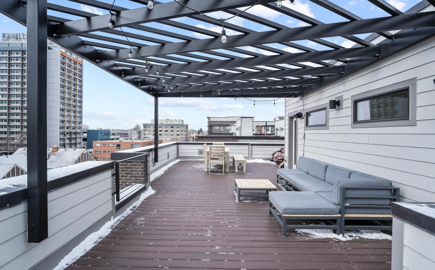 4031 W Conejos Pl-large-022-021-Rooftop-