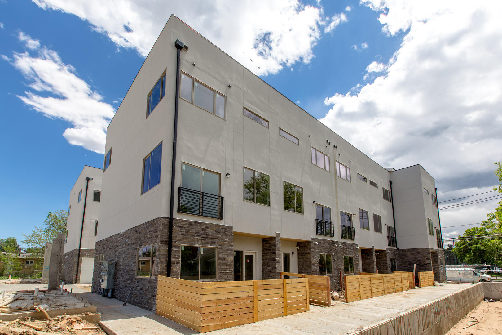 4721 E Iliff Avenue-012-1-Exterior-MLS_S