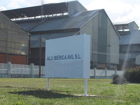 Alu Ibérica abre una guerra contra el presidente del comité de empresa.