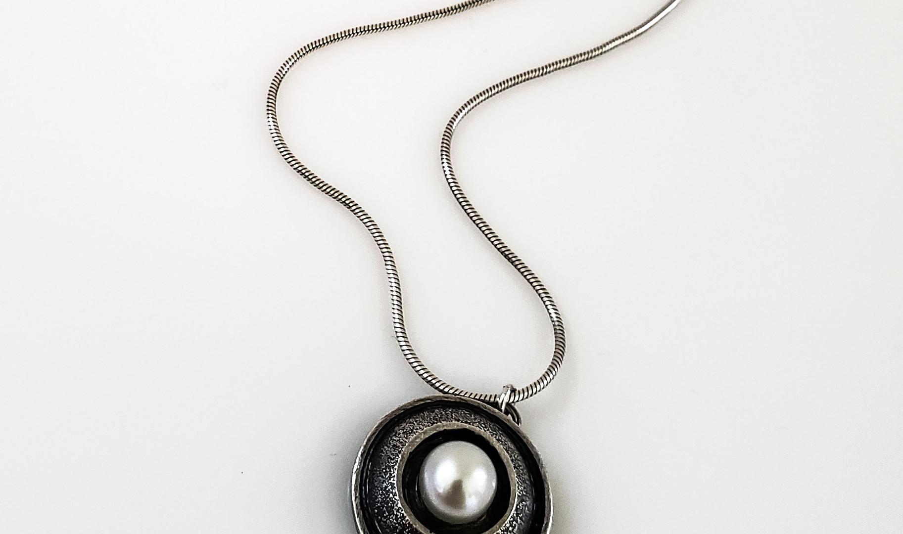Small Single Pearl 2.jpg
