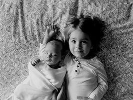brothers-457237_640_edited.jpg