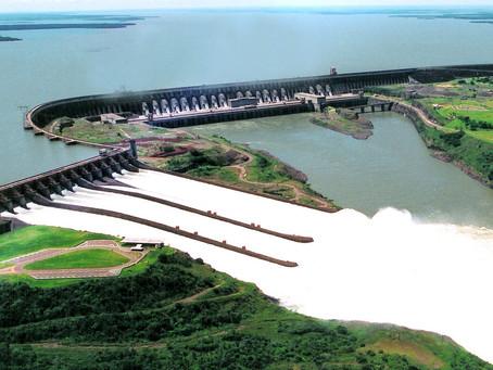 Foz do Iguaçú: Usina de Itaipú