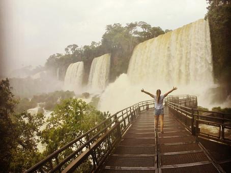 Os dois lados de Foz do Iguaçu!
