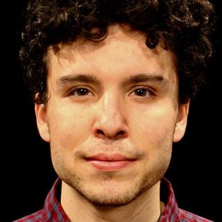 Zak Rosen headshot.jpeg