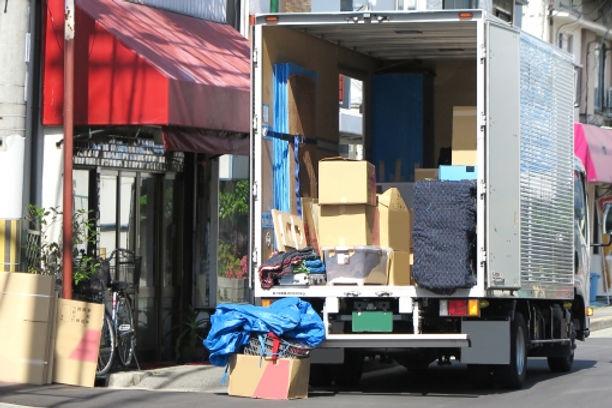 引っ越しトラック.jpeg