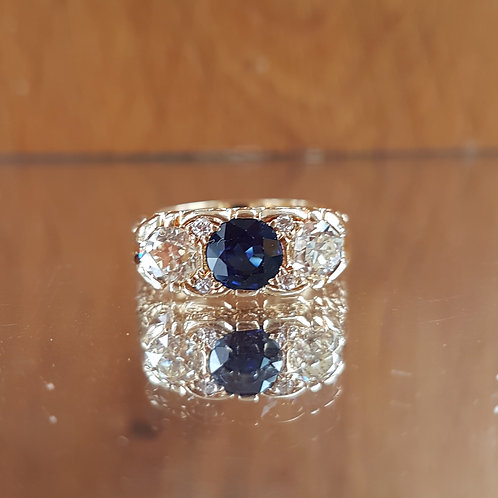 Exquisite 18ct gold 1.08ct Sapphire and 1.20ct Old cut diamond ring