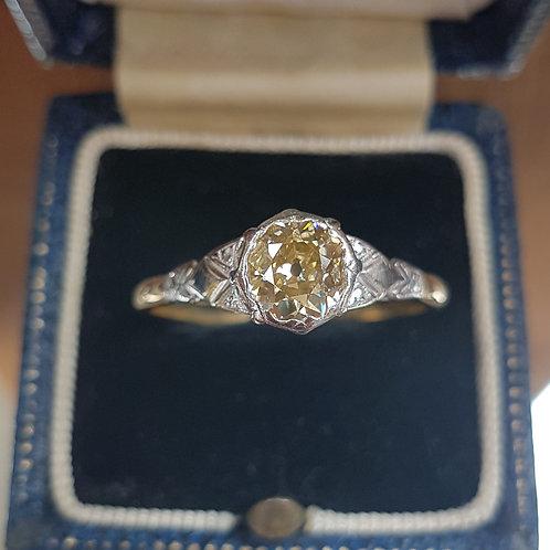 Exquisite 18ct gold & Platinum 1.3ct Old cut champagne solitaire diamond ring