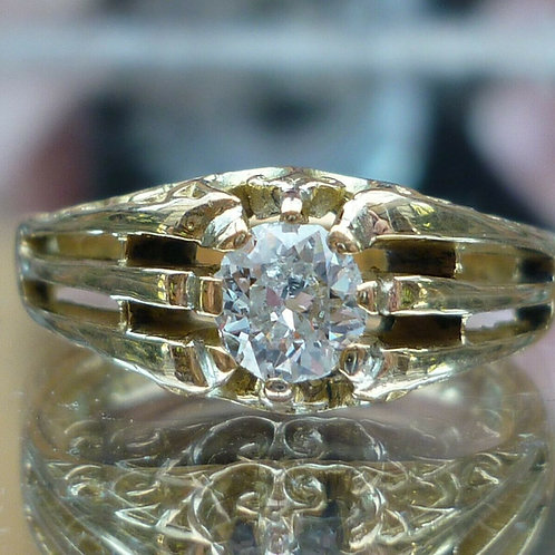 Stunning Victorian 18ct gold Old cut solitaire 0.50ct diamond ring