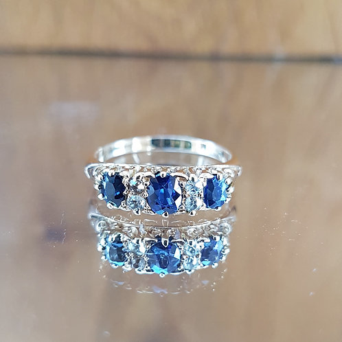 Stunning 18ct gold Edwardian C1900 Sapphire and diamond ring - Outstanding piece