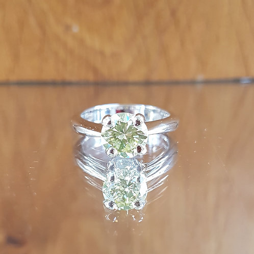 Exquisite 18ct white gold 1.50ct Fancy Yellow solitaire diamond ring