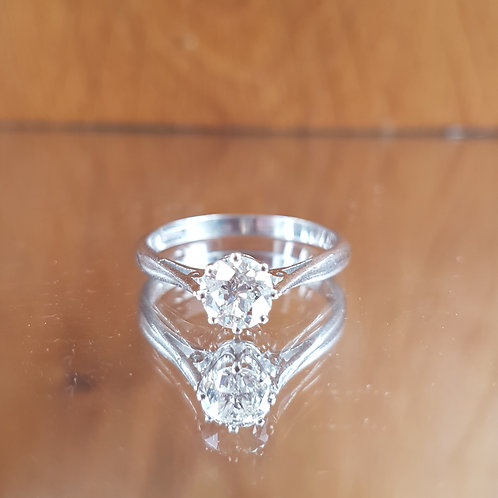 Exquisite 18ct White gold 0.75ct Old cut diamond solitaire ring