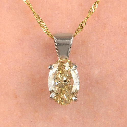 Stunning GIA CERTIFICATE VS1 0.78ct Oval diamond solitaire pendant & gold chain
