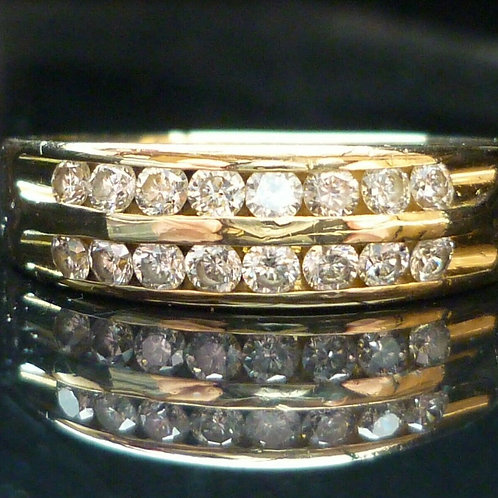 Stunning Quality 18ct gold 16 diamond eternity ring 0.50ct