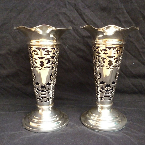 Stunning PAIR Edwardian Solid Sterling Silver Pierced Vase 1903 BLUE GLASS LINER