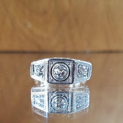 Stunning 18ct Gold and Platinum 0.60ct OLD CUT 3 diamond ring