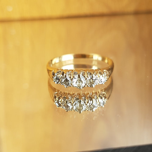 Stunning Victorian 18ct gold 5 Old cut 0.60ct diamond ring