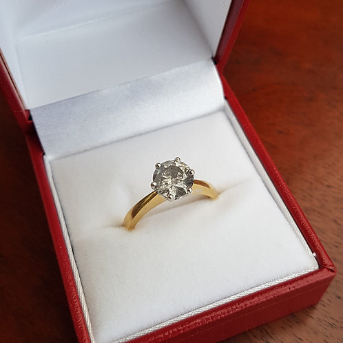 Lovely 18ct gold 1.50ct Brilliant cut solitaire diamond ring