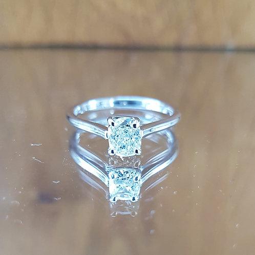 Stunning 14ct White Golf 0.50ct Cushion cut solitaire diamond ring Free sizing