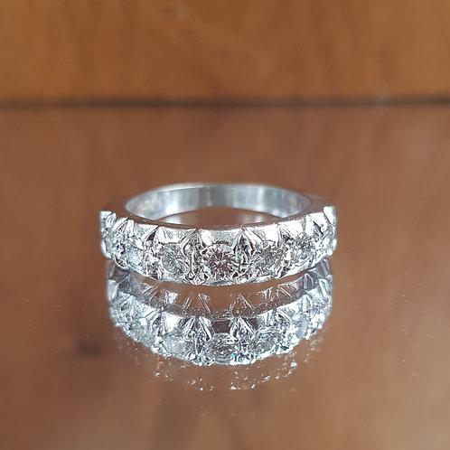 Stunning Quality 18ct white gold 0.70ct diamond half eternity ring