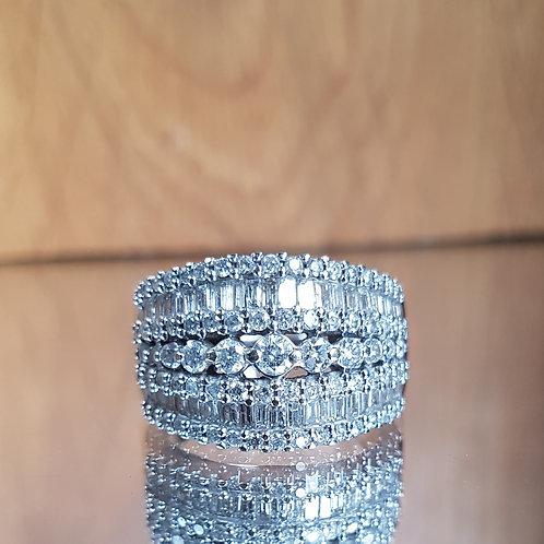 Stunning Heavy 14ct White gold 2ct+ diamond ring - free sizing